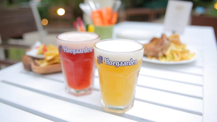 2種類のビアグラス