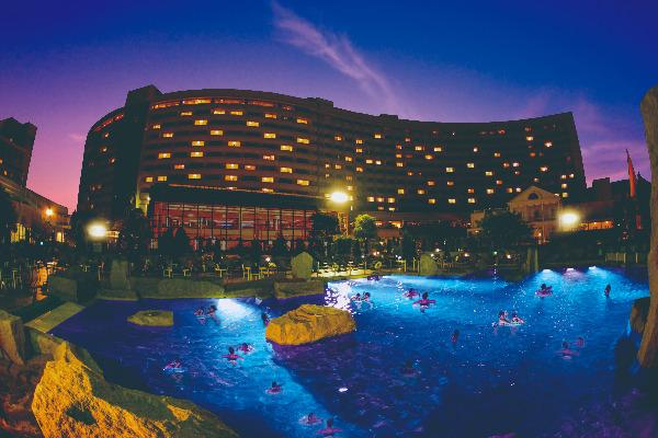 シェラトン・グランデ・トーキョーベイ・ホテルのプール
