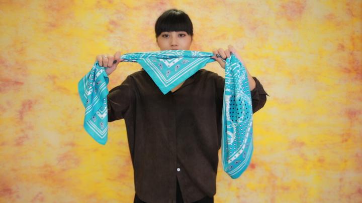 成熟風絲巾圍法Vol.1 高級穿搭術の1番目の画像