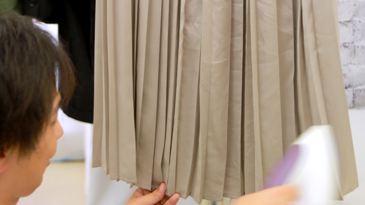 プリーツスカートの美しさを取り戻す!パリコレ職人がアイロンのコツ教えます!の6番目の画像