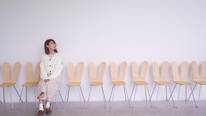 「金沢21世紀美術館」の『ラビットチェア』