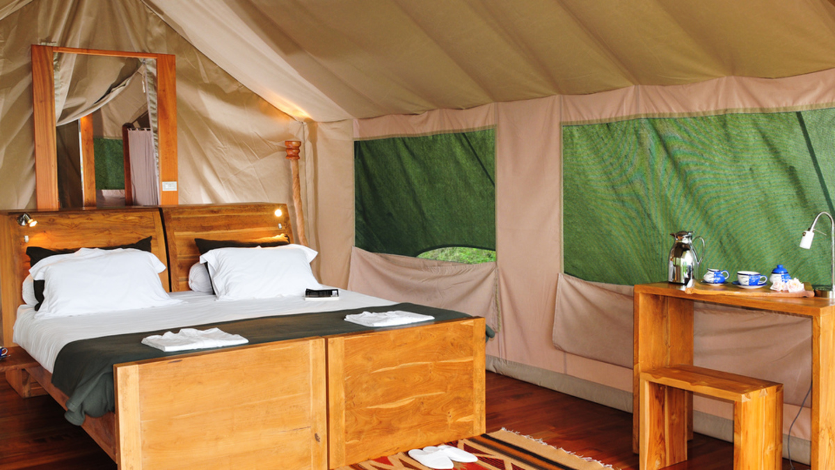 GALAPAGOS SAFARI CAMP