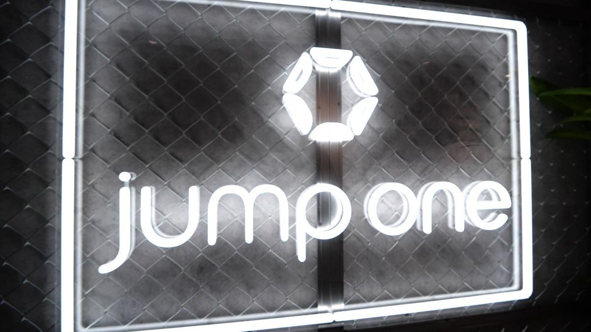 jump one Ginza.4