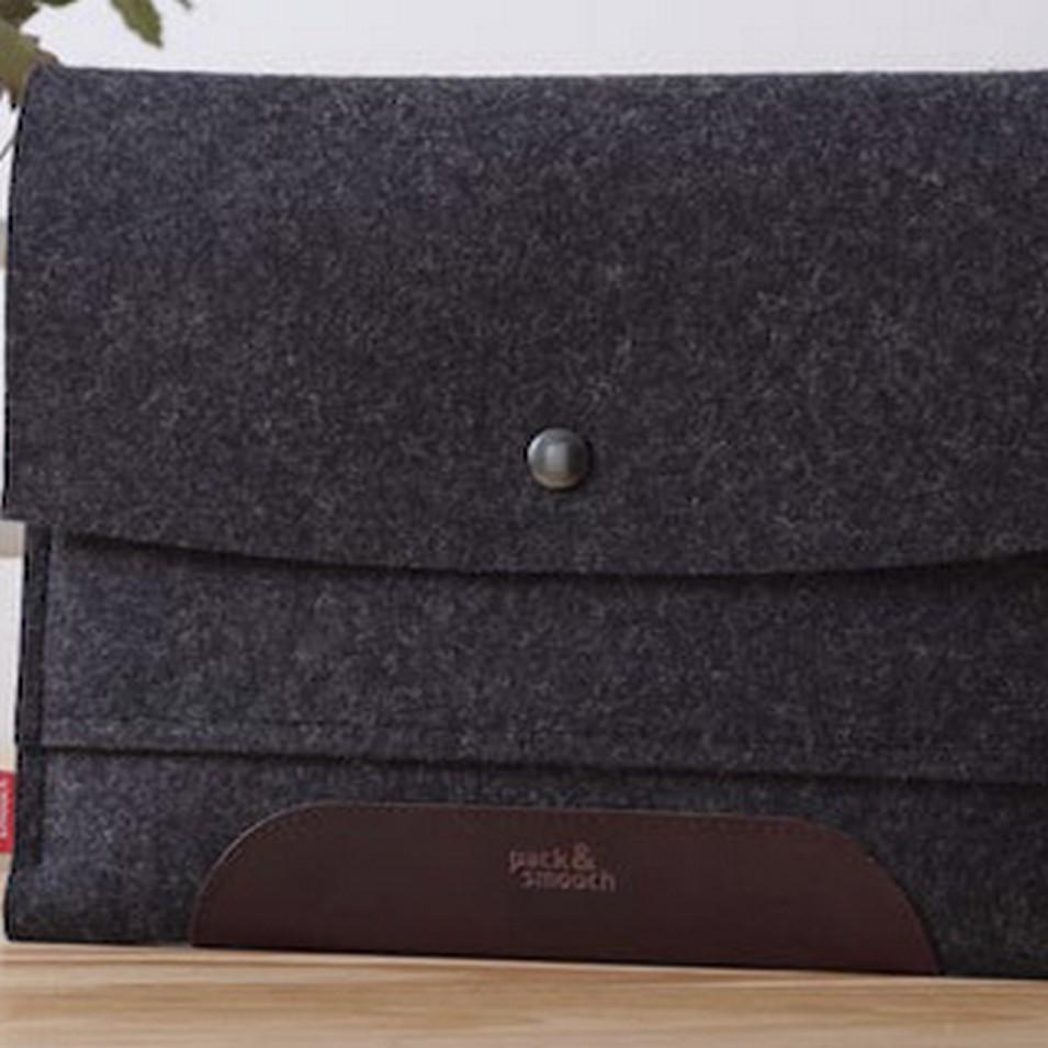 Pack&Smooch 德國時尚包 Pack & Smooch iPad 手作羊毛氈保護內袋(碳黑羊毛/深棕皮革) | 設計 | Citiesocial