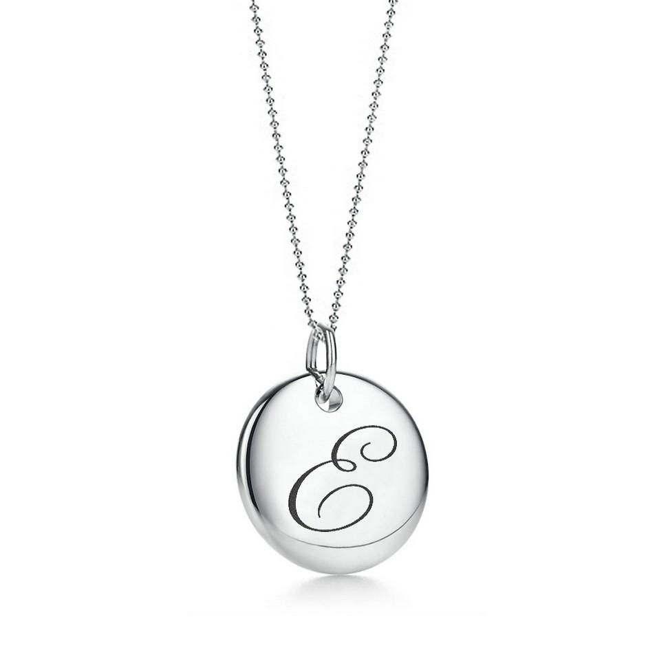 Truney Jewellery 創意銀飾 古典英文字母吊牌鍊(E)(黑字/白字) | 設計 | Citiesocial