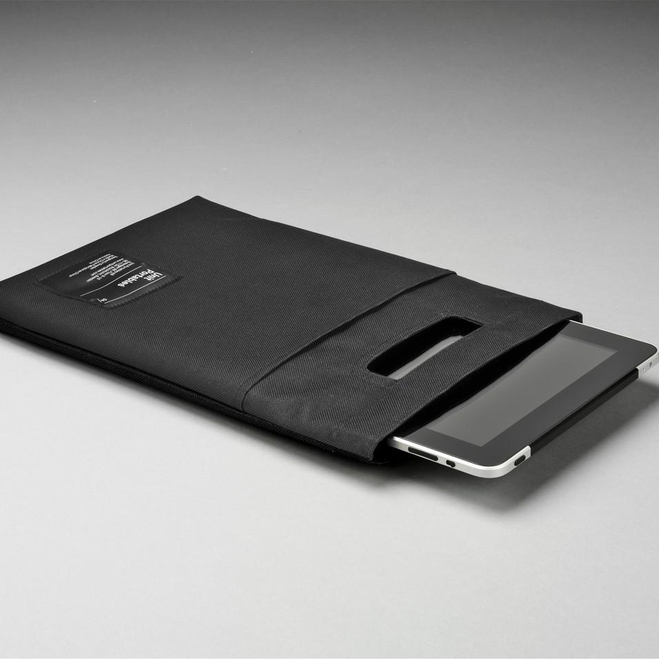 Unit Portables 由你包 Unit 04 iPad 保護套-精簡黑 | 設計 | Citiesocial