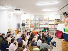 千葉経済大学短期大学部{こども学科 保育コースのイメージ