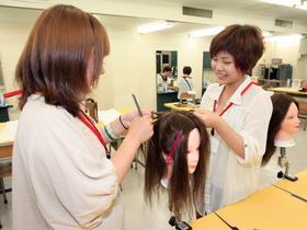 名古屋綜合美容専門学校美容科(専門課程)のイメージ