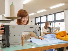 専門学校 文化デザイナー学院{ファッション&ブライダルビューティ学科のイメージ