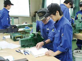 成田つくば航空専門学校航空整備学科 航空技術コースのイメージ