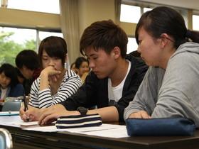 武蔵丘短期大学{健康生活学科のイメージ