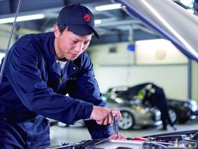 専門学校カレッジオブキャリア 共和校自動車整備科 二級自動車整備士コースのイメージ