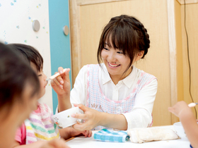 仙台医療秘書福祉専門学校{医療保育科 小児看護コースのイメージ