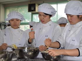 精華女子短期大学生活科学科 食物栄養専攻のイメージ