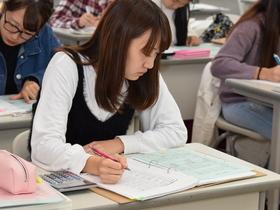 精華女子短期大学生活科学科 生活総合ビジネス専攻のイメージ