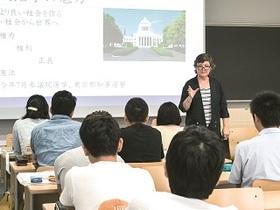 武蔵野大学{法学部 政治学科のイメージ
