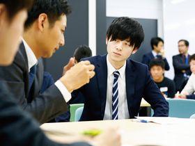 日本福祉大学{経済学部のイメージ