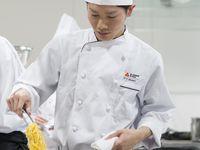 富山調理製菓専門学校