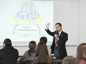 東京成徳大学{応用心理学部 臨床心理学科のイメージ