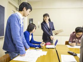 駿河台大学{経済経営学部のイメージ