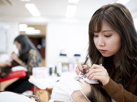 九州美容専門学校{美容科 アイラッシュデザイナーコースのイメージ