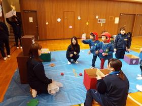 上田女子短期大学{幼児教育学科 福祉社会コースのイメージ