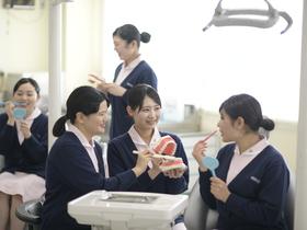 長野医療衛生専門学校{歯科衛生士のイメージ