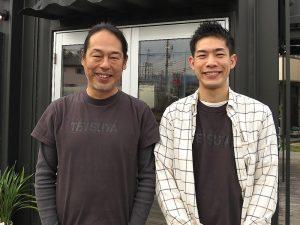 M. Tsutomu Hikichi, PDG de LIFIX Co., Ltd. (à gauche) et M. Daisuke Ando de Container House UNIT (à droite) m'ont parlé. En 2017, des maisons modèles devraient être achevées à Yokohama, Hachinohe, Kumamoto, Okinawa et dans d'autres parties du pays. Ce n'est pas trop loin pour voir des maisons de conteneurs à proximité