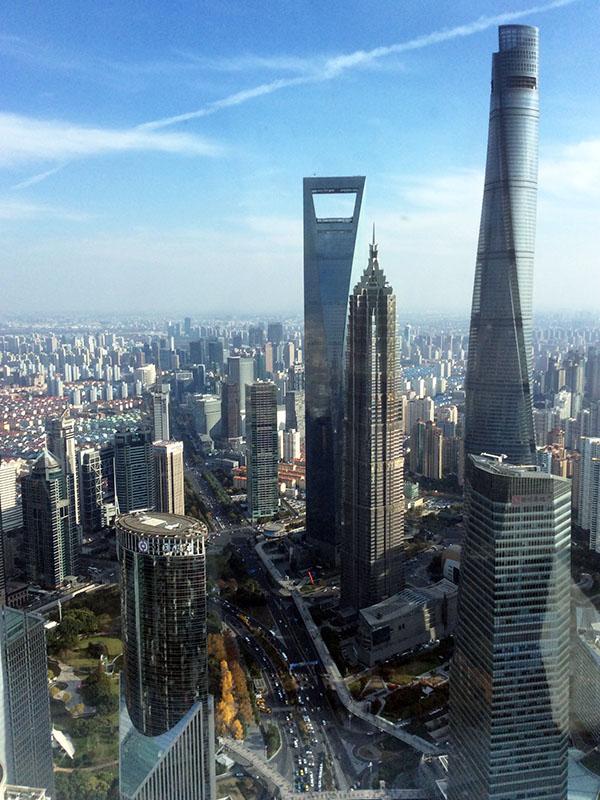 上海】世界的大都市でも横丁は人...