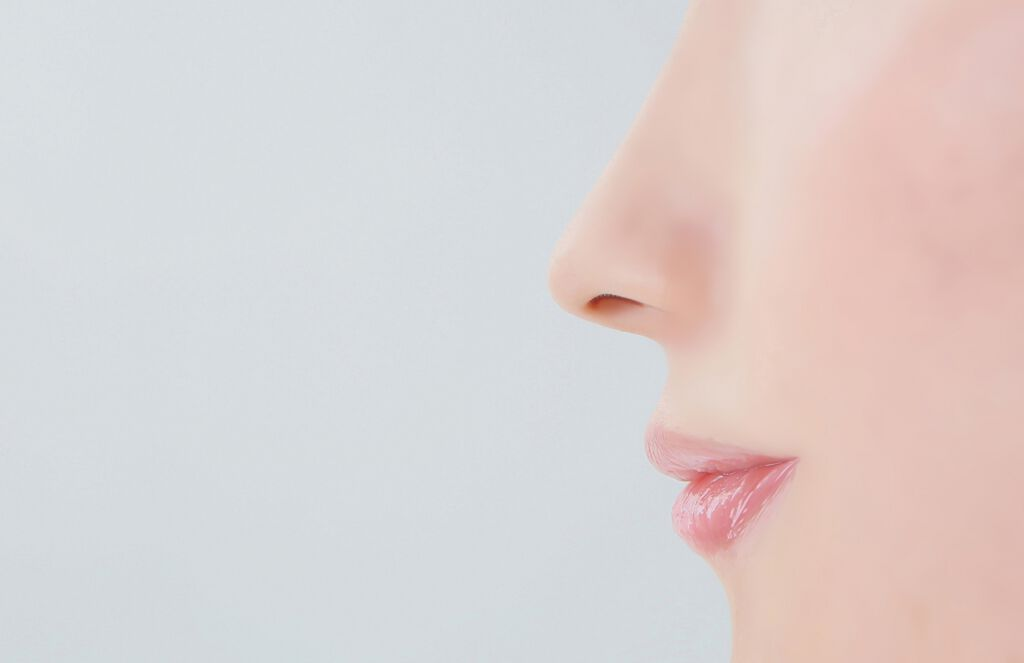 脱・皮向け唇!唇が荒れる原因と対処法を総おさらいしちゃいましょう♡の画像