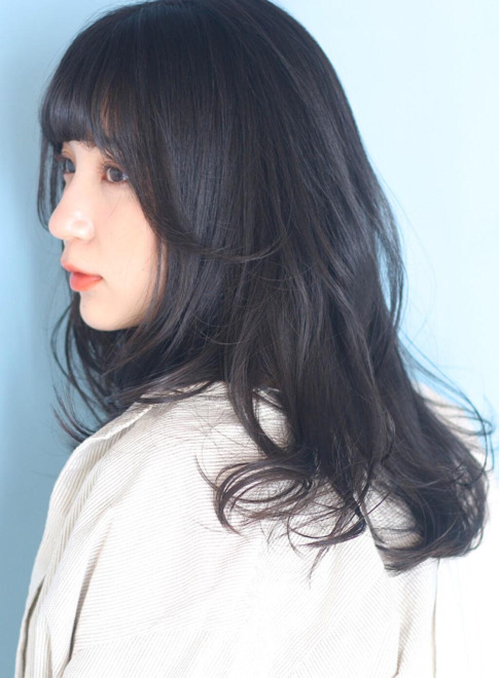 「《黒髪でも垢抜けたい》厳選!黒髪に似合うおすすめメイクアイテム」の画像(#108906)
