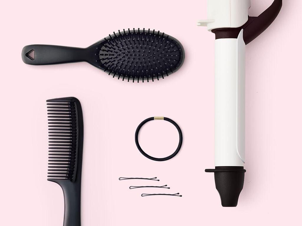 あか抜けはヘアスタイルから。超簡単!ウェットヘアの作り方 の画像