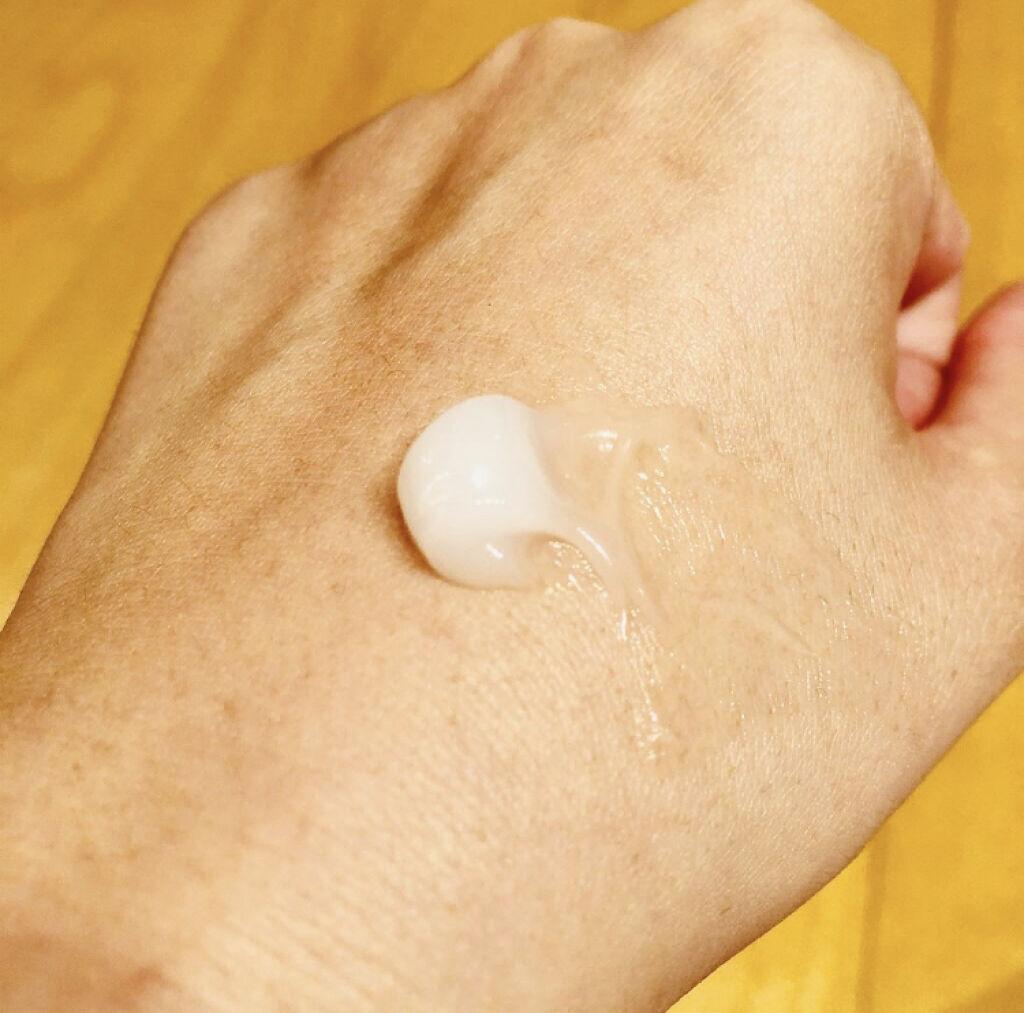 「保湿重視のスキンケア術で目指せ美肌!化粧水&クリームのおすすめ人気ランキング24選」の画像(#115851)