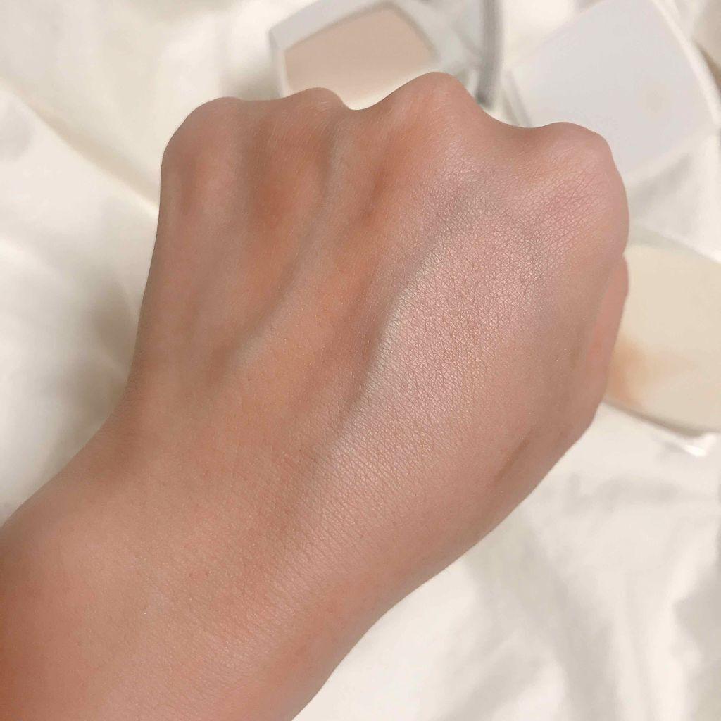 「毛穴レスの陶器肌を実現。おすすめファンデーション14選《プチプラ・デパコス》」の画像(#140489)