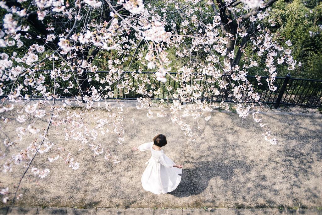 指先から春を取り入れて♡プチプラネイルで衣替えしちゃおの画像
