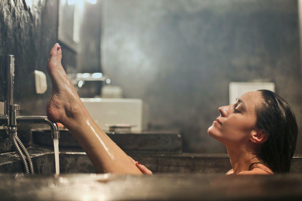 入浴剤を効果的に使って美肌作り&良睡眠 入浴剤の効果効能一覧&おすすめ入浴剤10選の画像