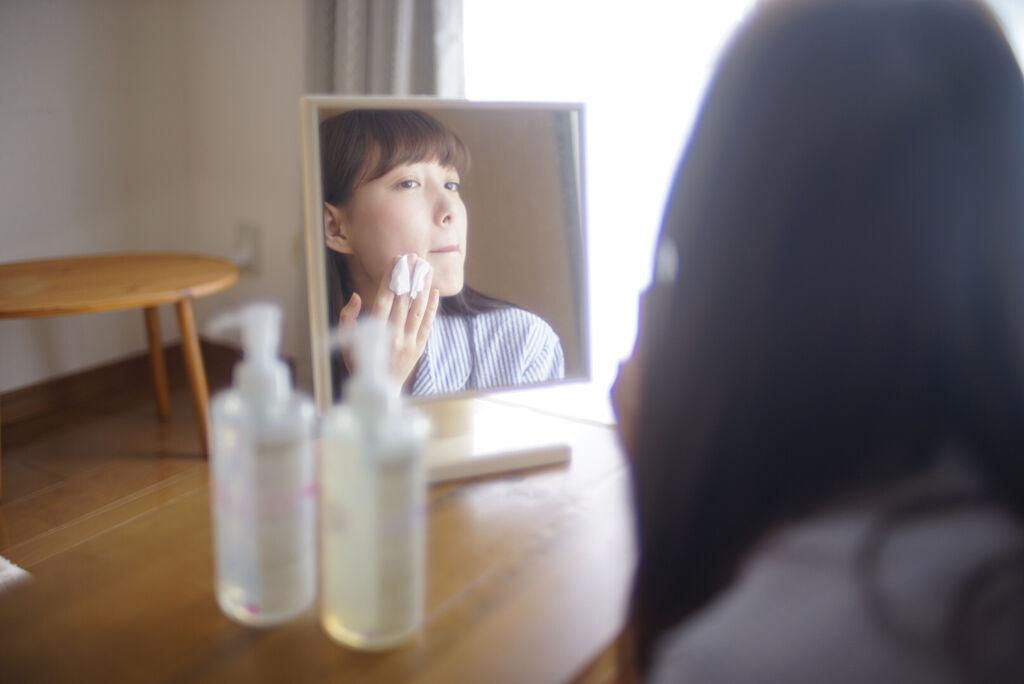 【決定版】コットンパックの効果的なやり方・おすすめ化粧水&コットン17選の画像