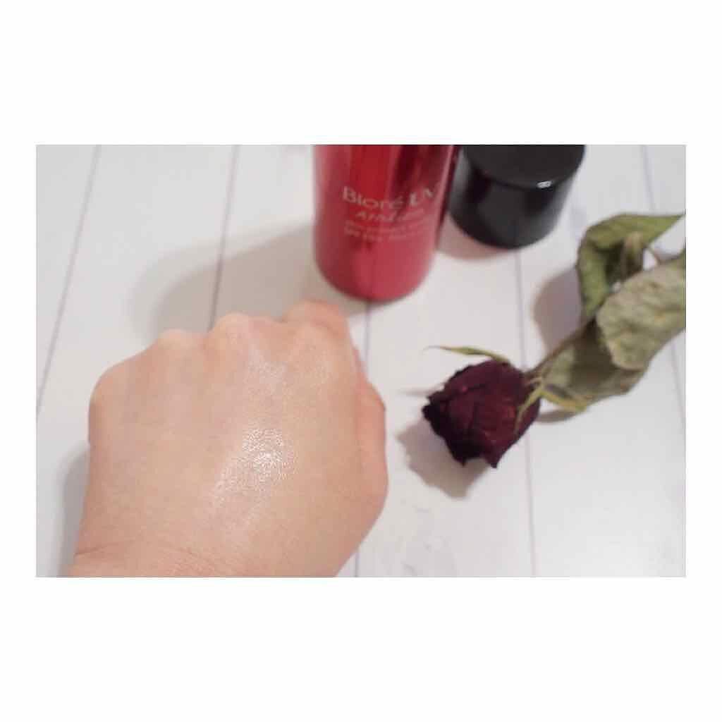 「日焼け止めスプレーおすすめ人気ランキング!紫外線吸収剤不使用も|顔・髪・体の塗り方や失敗しない選び方」の画像(#162900)