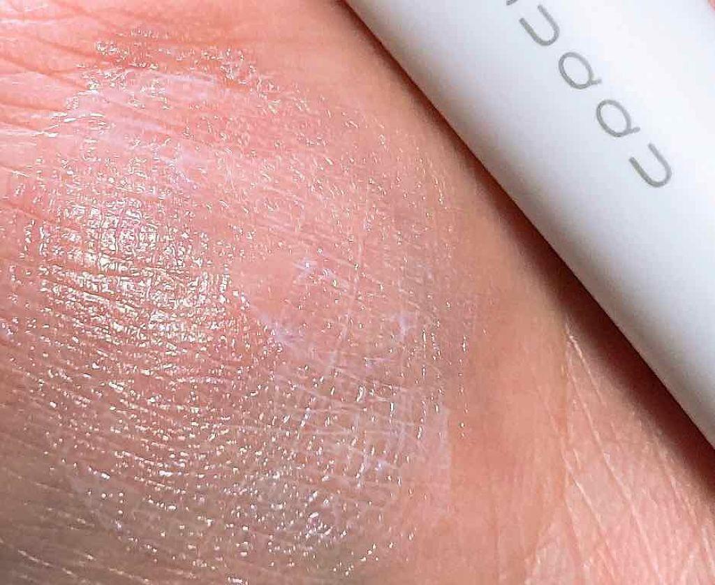 「日焼け止め美容液とは?効果や塗る順番・おすすめランキング31選|下地機能付きやプチプラも」の画像(#164860)