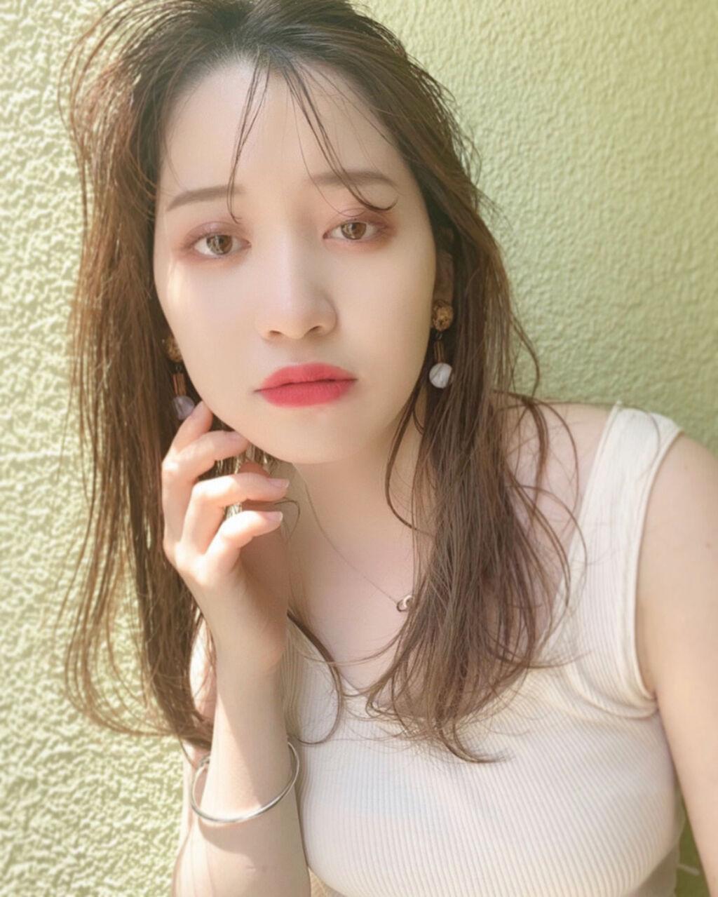 「韓国っぽ眉をマスター!平行眉毛の整え方・書き方学んでオルチャン顔を作りましょう。」の画像(#173292)