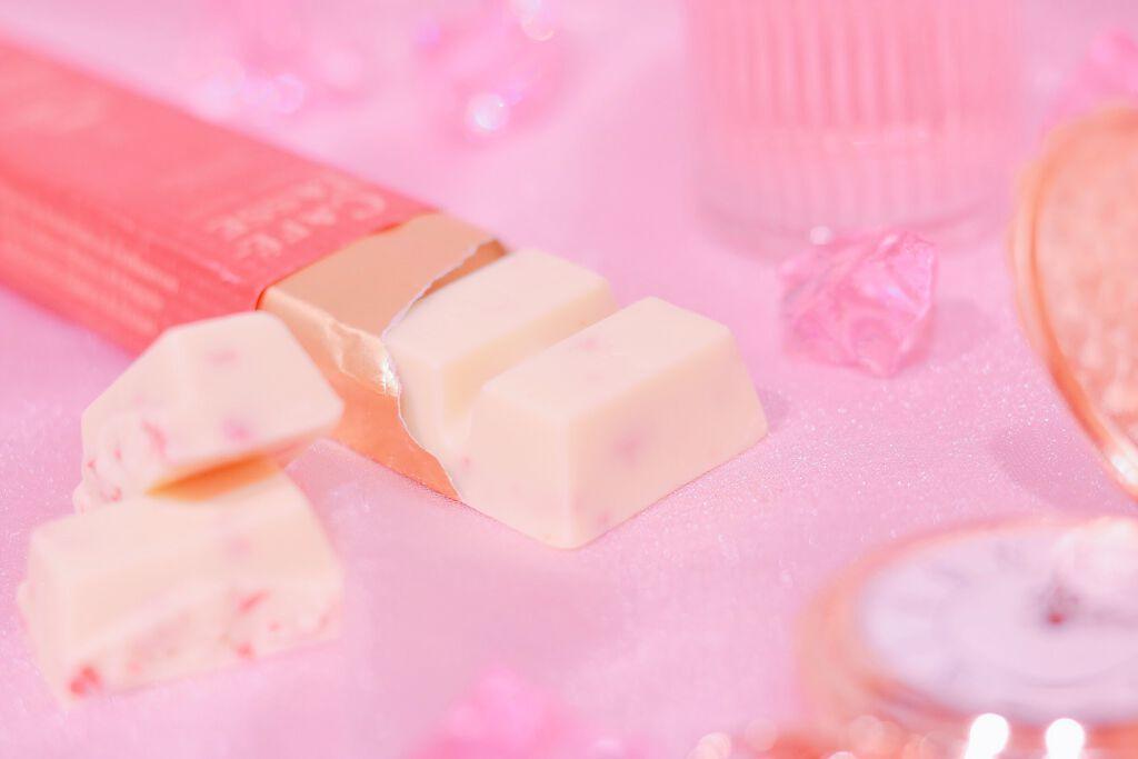 じゅわっと可愛い女の子色♡ベリーピンクのリップでモテくちびるをGETの画像