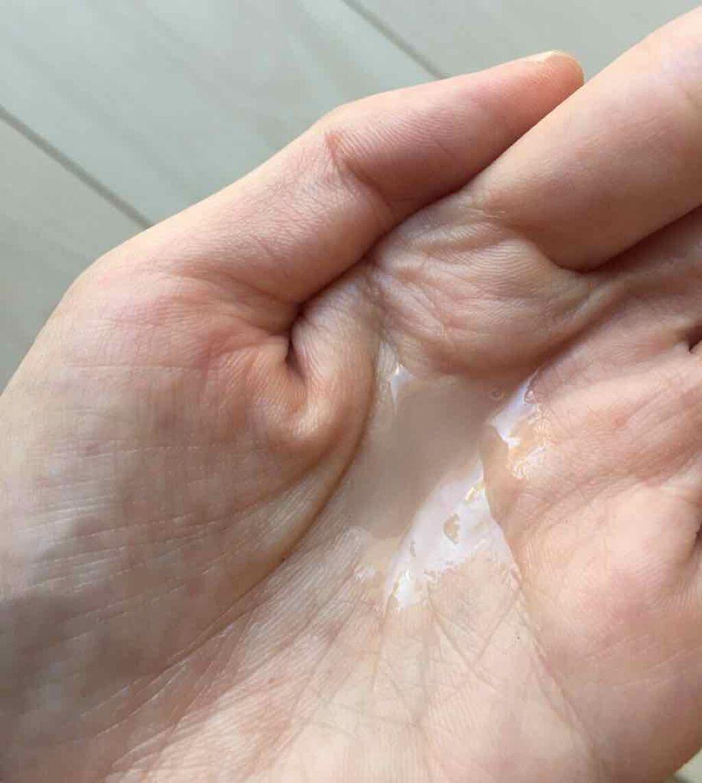 「保湿美容液プチプラ&デパコス別の口コミ人気ランキング|効果的な使い方でなめらか毛穴のハリ肌に」の画像(#182127)