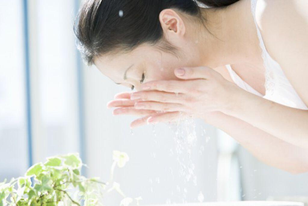大人ニキビに困った時の洗顔料16選!原因や洗顔方法など毎日の悩みを解決しますの画像