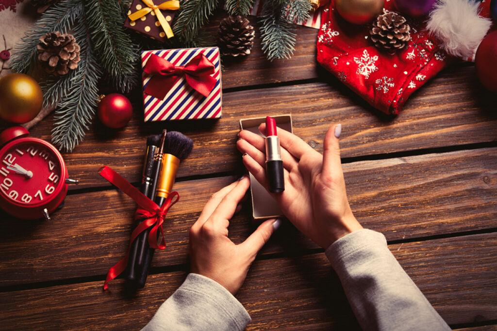 デパコスだけじゃない!2017年プチプラのクリスマスコフレ♡の画像
