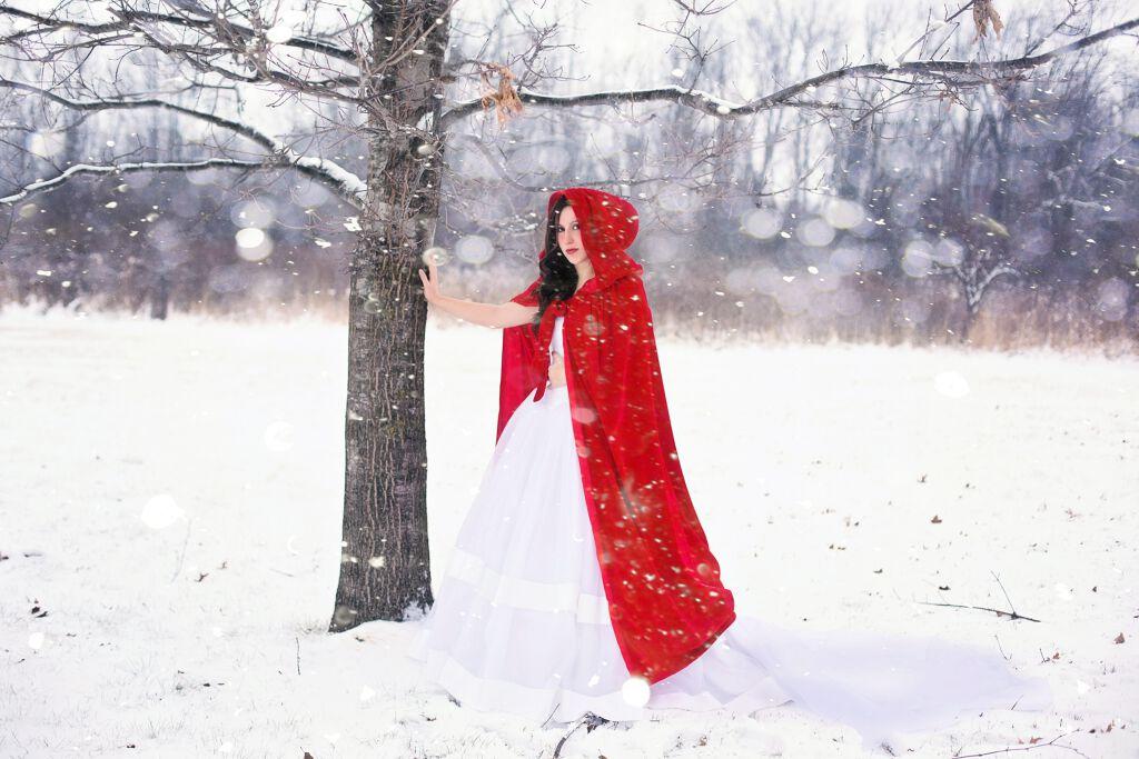 【白肌の元祖】儚さと毒々しさを併せ持つ、白雪姫みたいになれるメイクHow to♡の画像