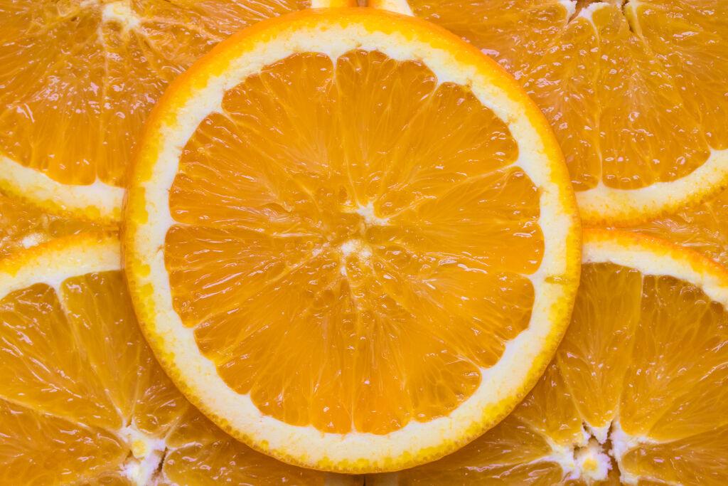 ヘルシーカラーがおしゃれ♡おすすめのオレンジリップ9選の画像