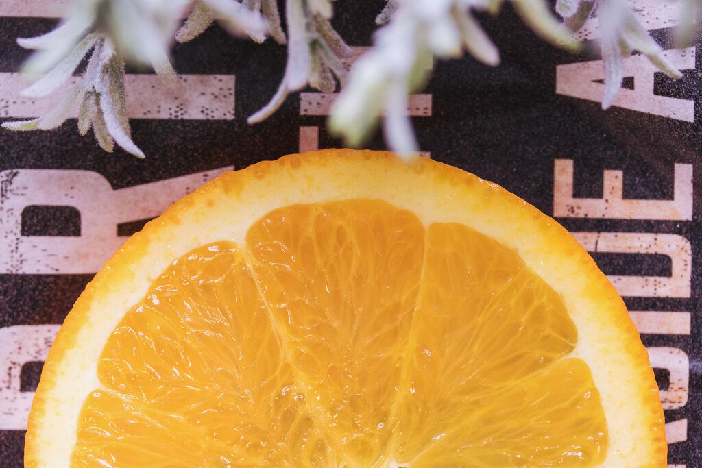 【春先取りメイク】オレンジリップに合わせたい♡メイクアイテムまとめの画像