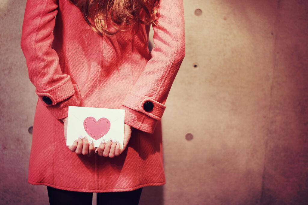 恋するくちびる♡オペラリップの限定カラーが可愛いの画像