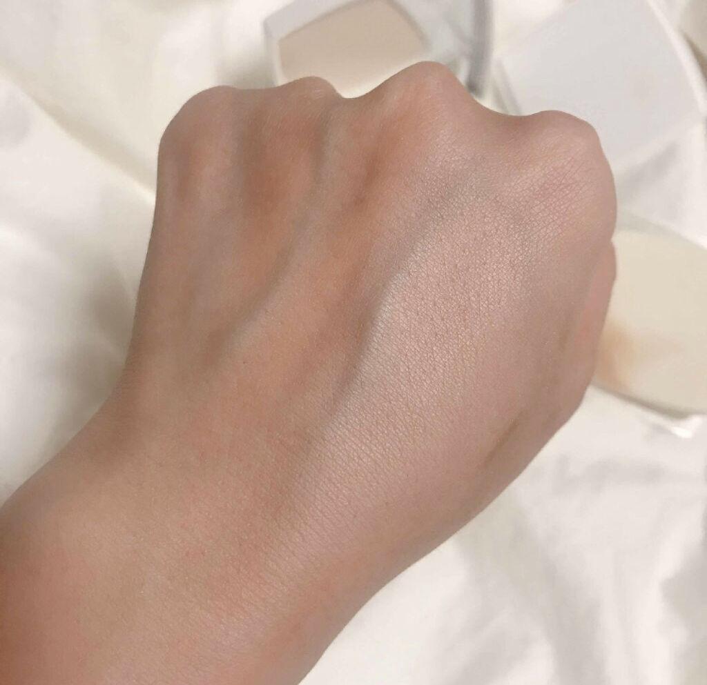 「パサつかない仕上がりで一日中美肌♡保湿成分配合のパウダーファンデーションカタログ」の画像(#64737)