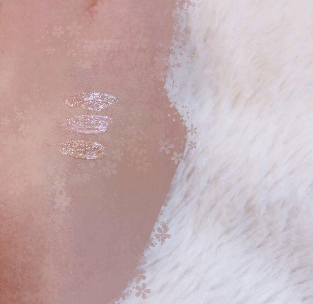 「涙袋にも最適♡キラッとした輝きが可愛い韓国コスメのグリッターアイライナー特集」の画像(#69245)